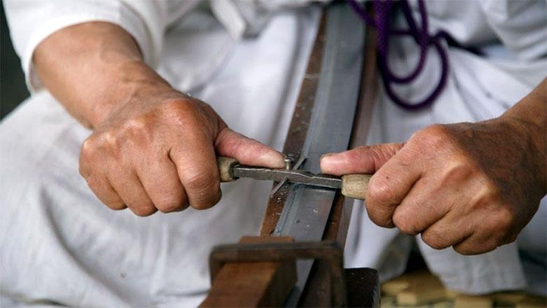 cutelaria-e-a-arte-da-fabricacao-de-facas-e-instrumentos-de-cortes-2